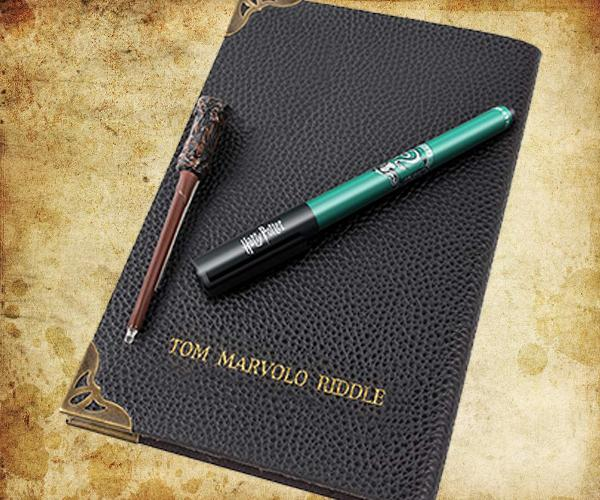 Harry Potter Tom Riddle's Diary Set