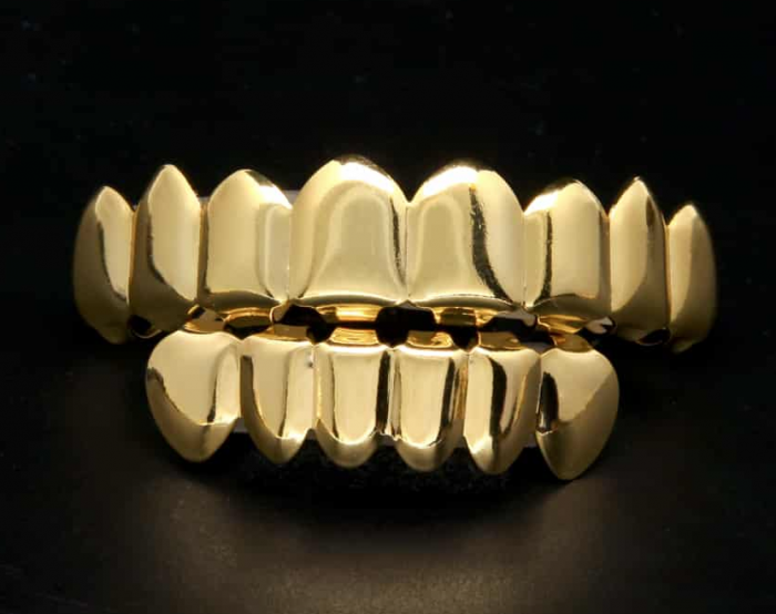 Gold Tooth Grillz