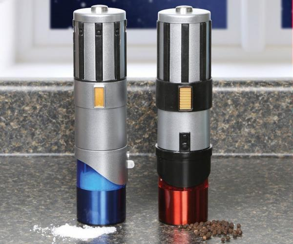 Star Wars Salt & Pepper Light Saber Shakers